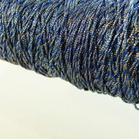 Assemblage de fils métallisés or et marine