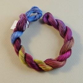 Coton perlé changeant du jaune au violet