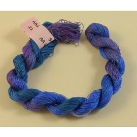 Soie très fine du violet au bleu canard