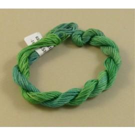 coton mouliné changeant du vert au bleu clair