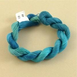 Coton perlé turquoise changeant