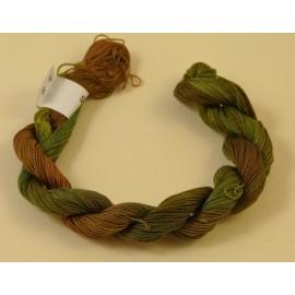Coton perlé changeant du brun au kaki