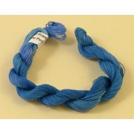 Coton perlé bleu changeant