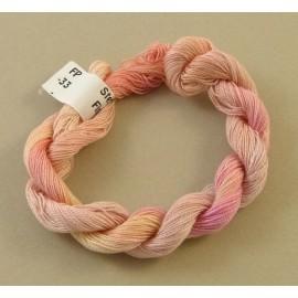 Coton perlé rose pâle changeant