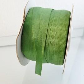 Ruban soie 7 mm vert prairie