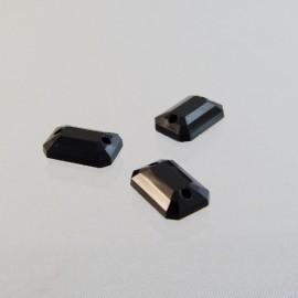 Pierre à coudre 7 x 10 mm facettée noire