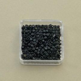 Perle cube 1,8 mm noir brillant (Miyuki)