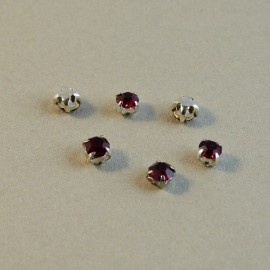 Strass à coudre rubis serti argent 4 mm