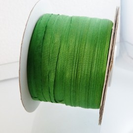 Silk ribbon 4 mm meadow green
