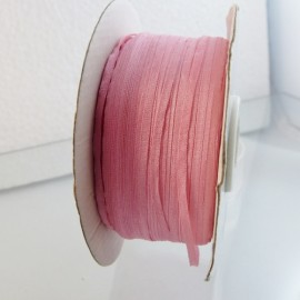 Silk ribbon 2 mm pink