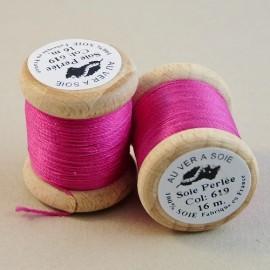 Perlé silk fuchsia Au ver à Soie n° 619