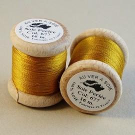 Perlé silk gold yellow Au ver à Soie n° 677