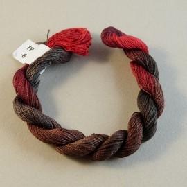 Fine perlé cotton from brown to dark red n°06