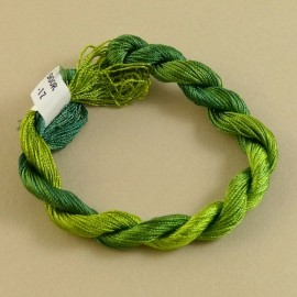 Fine perlé rayon green color-changing