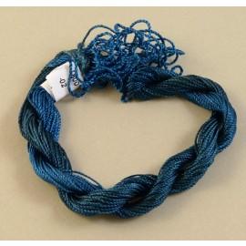 Medium perlé rayon cobalt blue color-changing