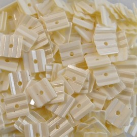 Square sequin 6 mm grooved ivory