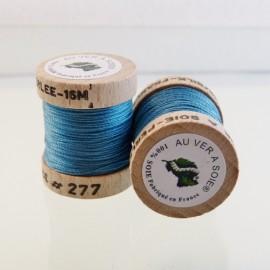 Perlé silk china blue Au ver à Soie n° 277