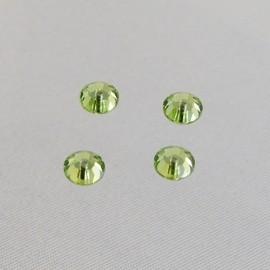 Lochrose Swarovski crystal peridot 5 mm