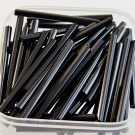 Facetted bugle bead 30 mm shiny black