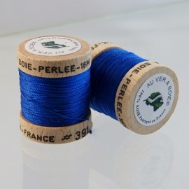 Perlé silk royal blue Au ver à Soie n° 391